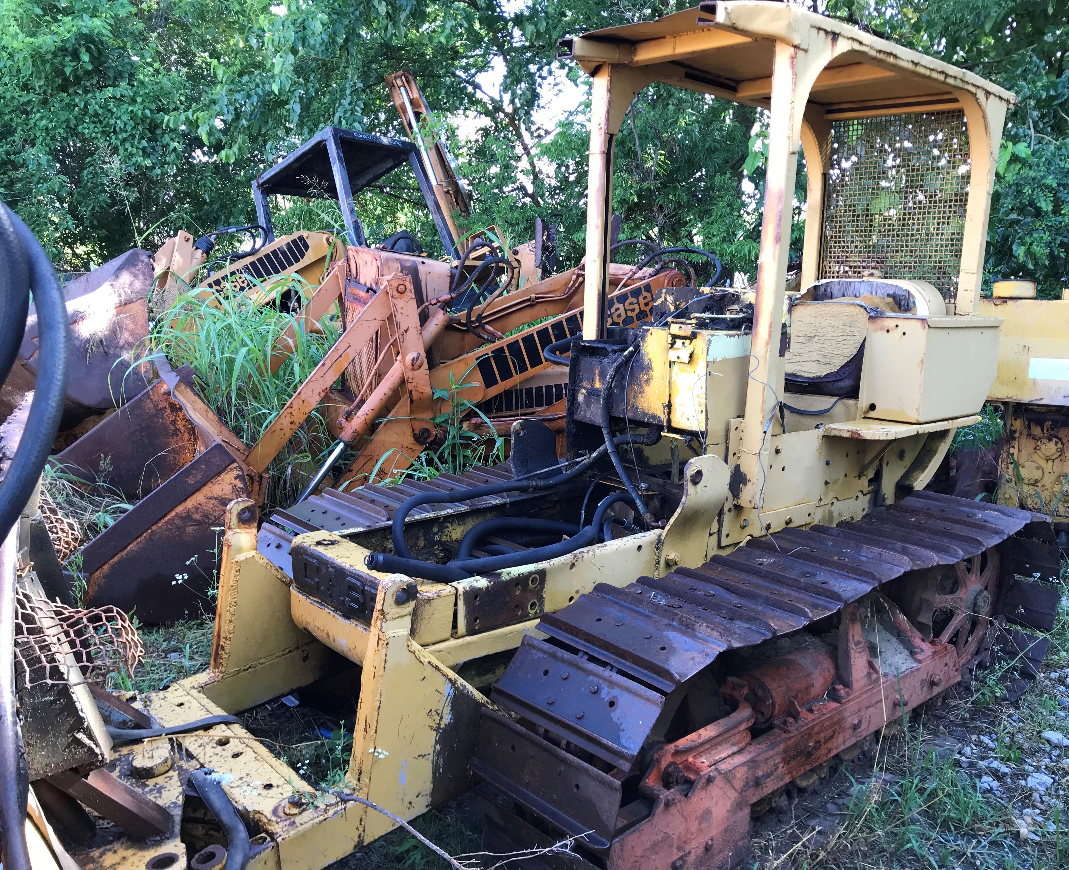 Salvage Tractors